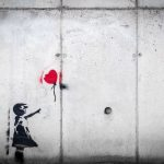 graffiti-little-girl-releasing-red-heart-balloon