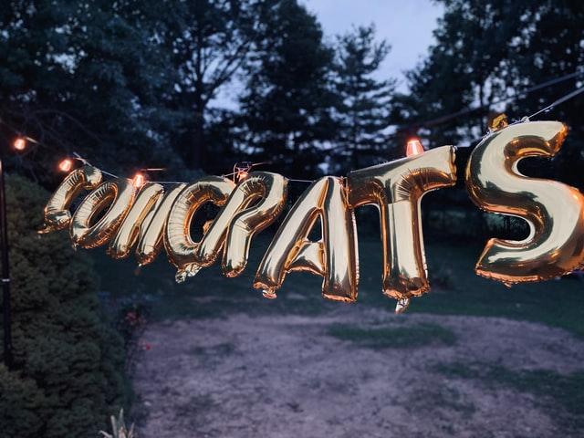 congrats-balloon-letters